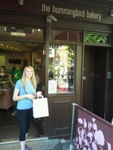 Jeanette stocking up on cupcakes at Hummingbird Bakery, Portobello Rd London